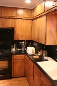 Kitchen Cabinet Painting - Before Wood