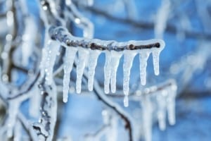 What is the best temperature to paint outside - What temperature is too cold to paint outside ...