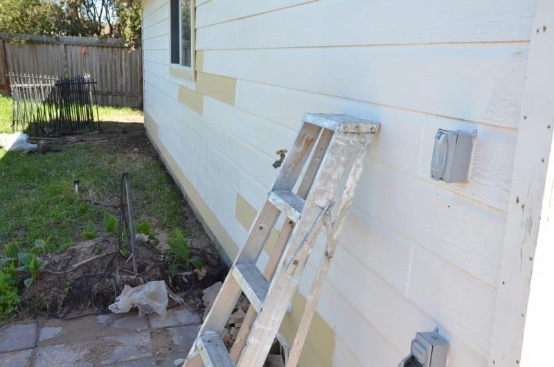 minor carpentry - Rotten trim and siding repair
