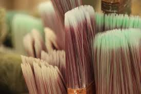 brushes for staining a fence