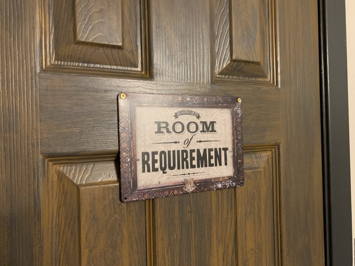 Room of Requirement Closet Sign